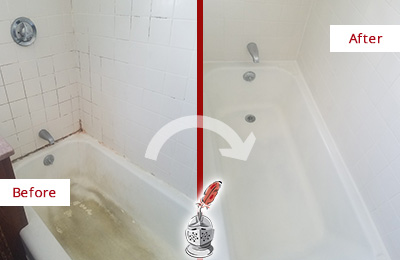 Before and After Picture of a Sammamish Bathtub Caulked to Repair Cracks