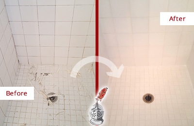 Before and After Picture of a Sammamish Bathroom Re-Caulked To Repair Damaged Caulking