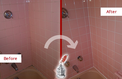 Before and After Picture of a Snohomish Bathtub Caulked to Eliminate Mold